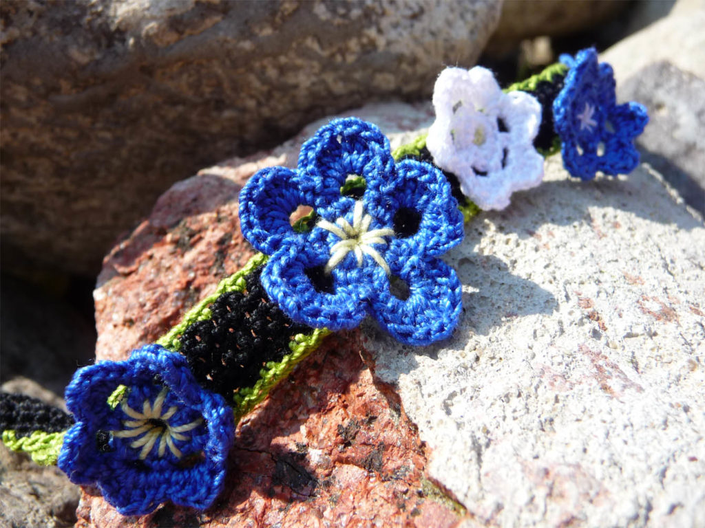 crochet blue flower headband